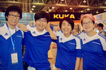 """""""My Robocup Experience"""": UBC Thunderbots on their trip to Hefei, China"""