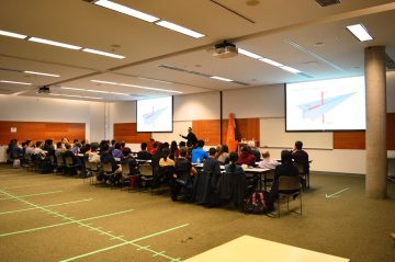 Mech Faculty featured in APSC Paper Airplane Workshop + Competition